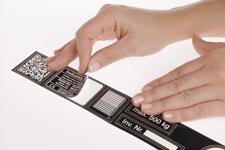 matière à graver flexible et adhésive idéale pour les supports arrondis