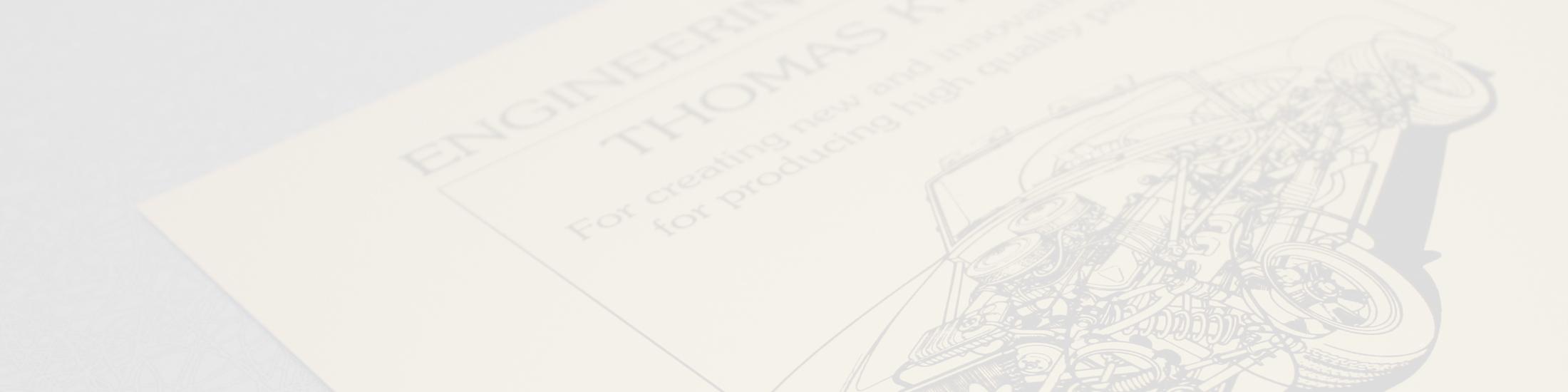 Large gamme de plaques aluminium anodisées pour une gravure laser ou mécanique