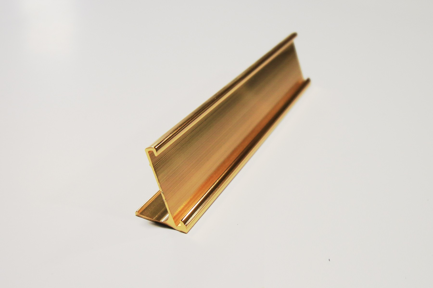 "1"" x 1/16"" x 7"" Desk Holder, Gold"