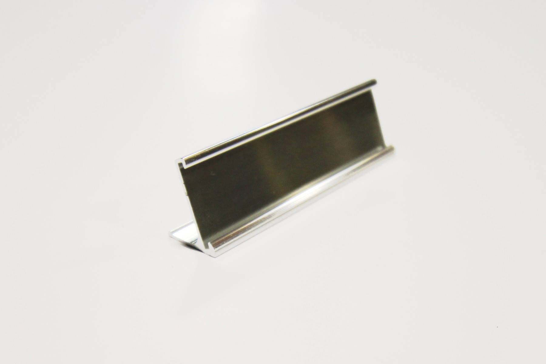 "1"" x 1/16"" x 8"" Desk Holder, Bright Silver"
