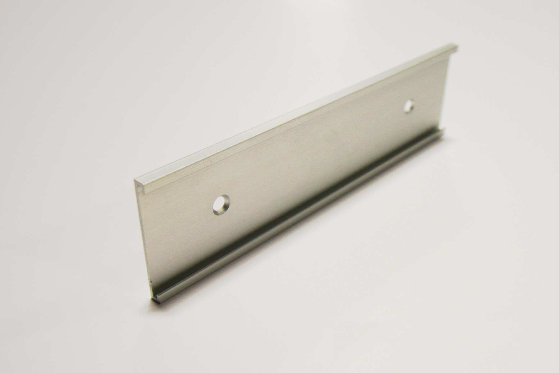 1 1/2 x 18 Satin Silver Wall Holder