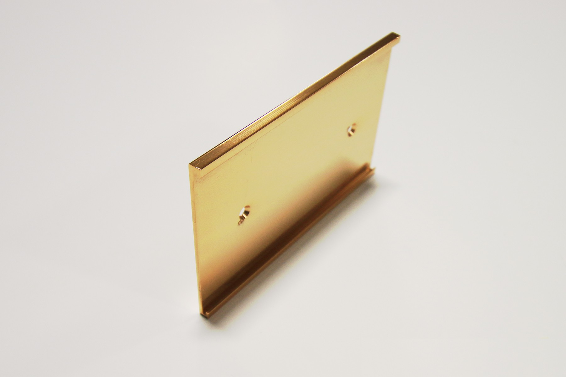 "3"" x 1/16"" x 6"" Wall Bracket, Gold"