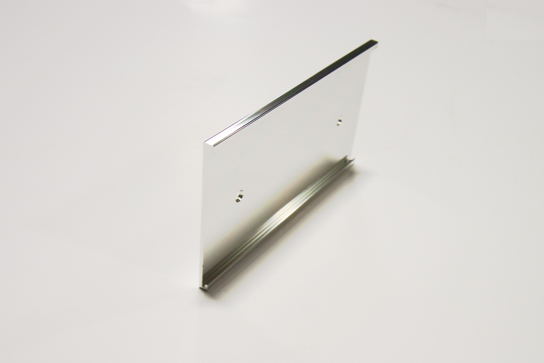 "3"" x 1/16"" x 6"" Wall Bracket, Bright Silver"