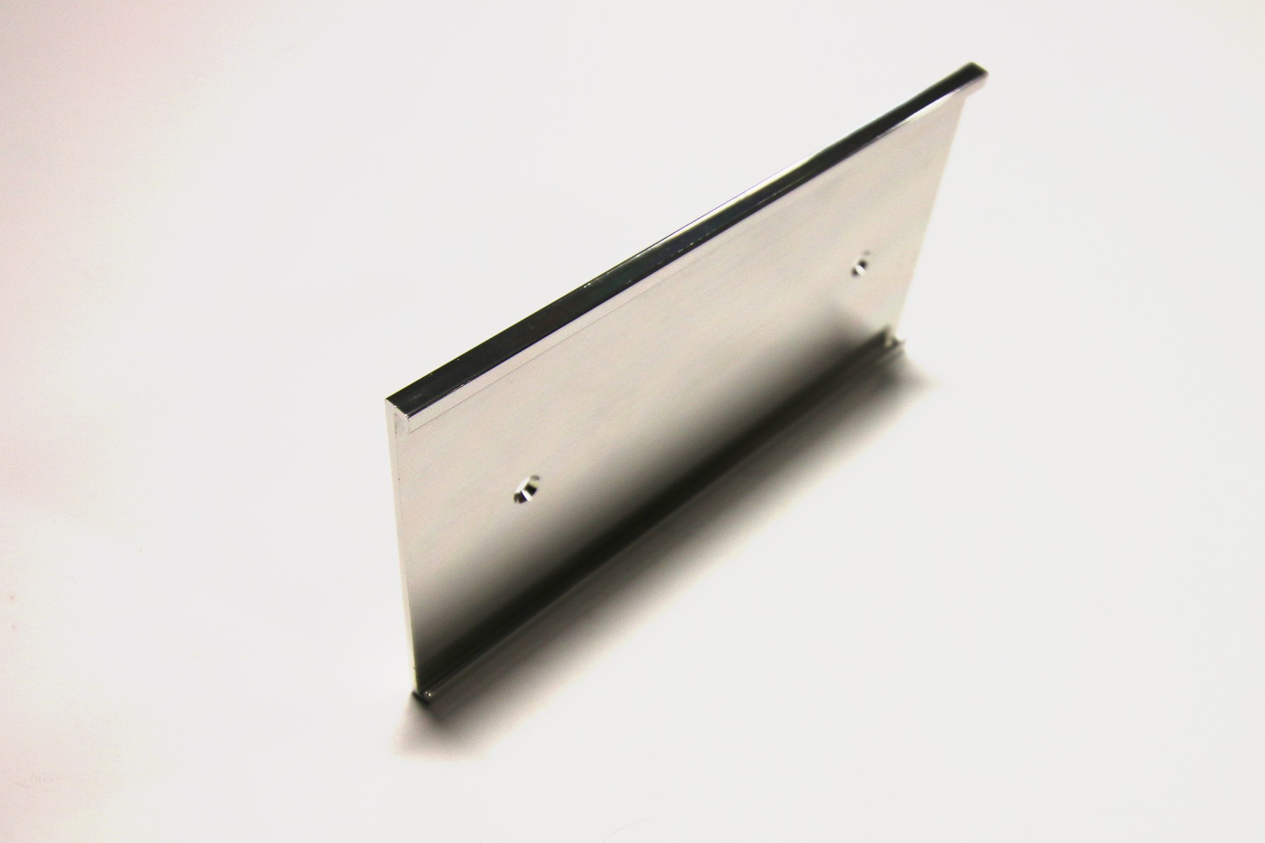 3 x 8 Wall Holder (1/8), Silver