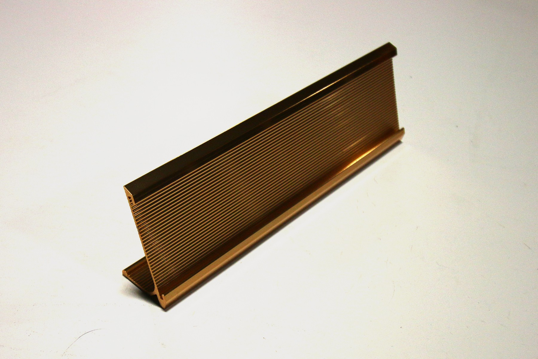 "2"" x 1/16"" x 10"" Ribbed Desk Holder, Gold"
