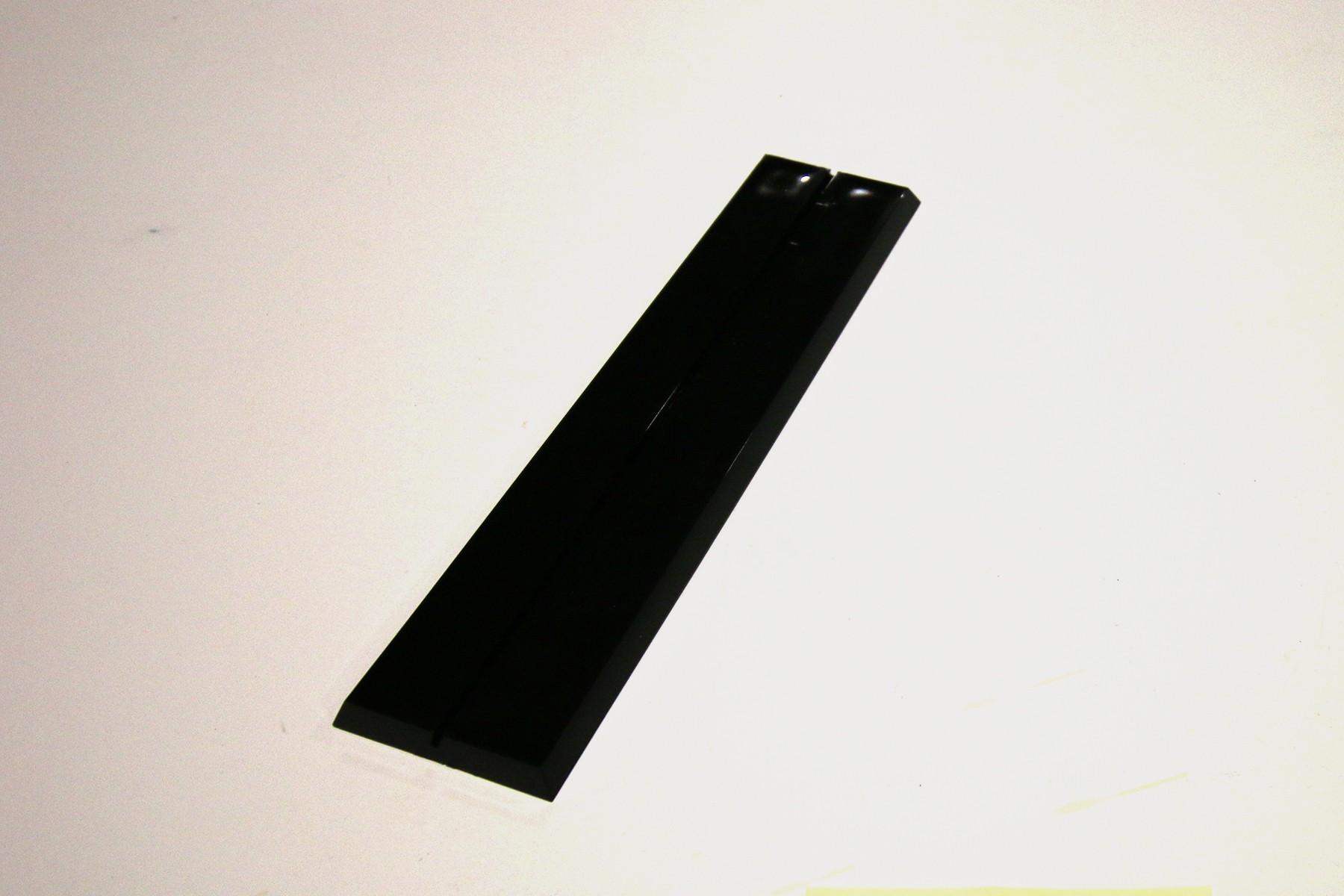 8 Plastic Desk Base, Black