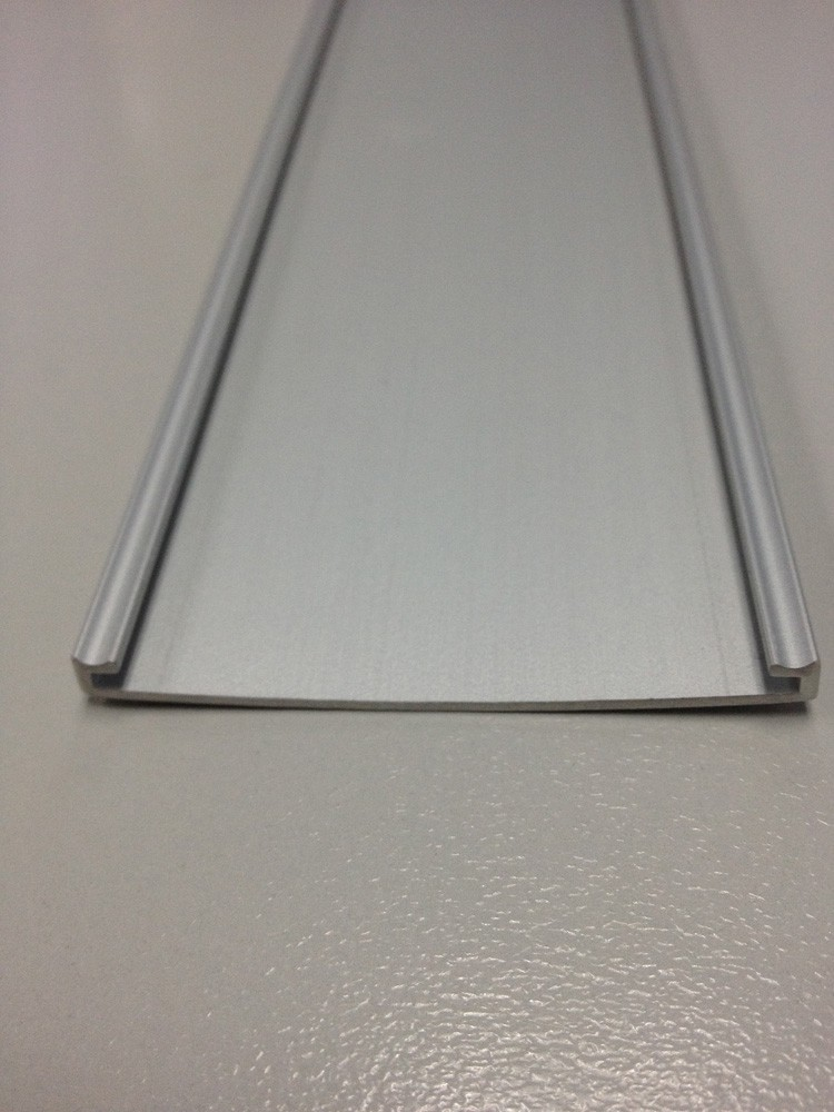 EXTRUSION 60MM FLAT CLEAR STRIP