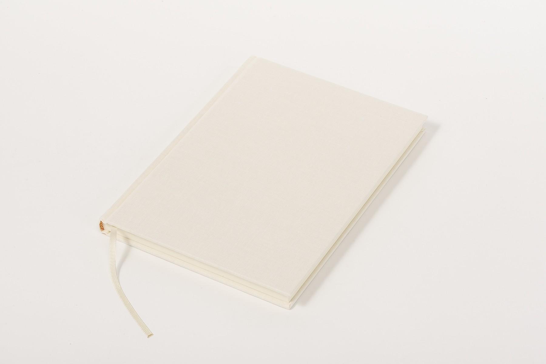 Libro de lino Clásico A5, Crema
